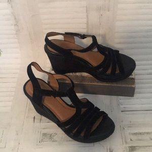 Clark's collection Zia Reign Black Suede wedges
